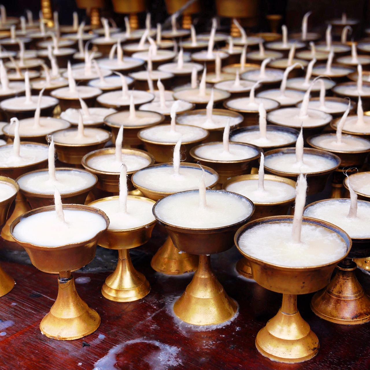 Népal | bougies | fun facts