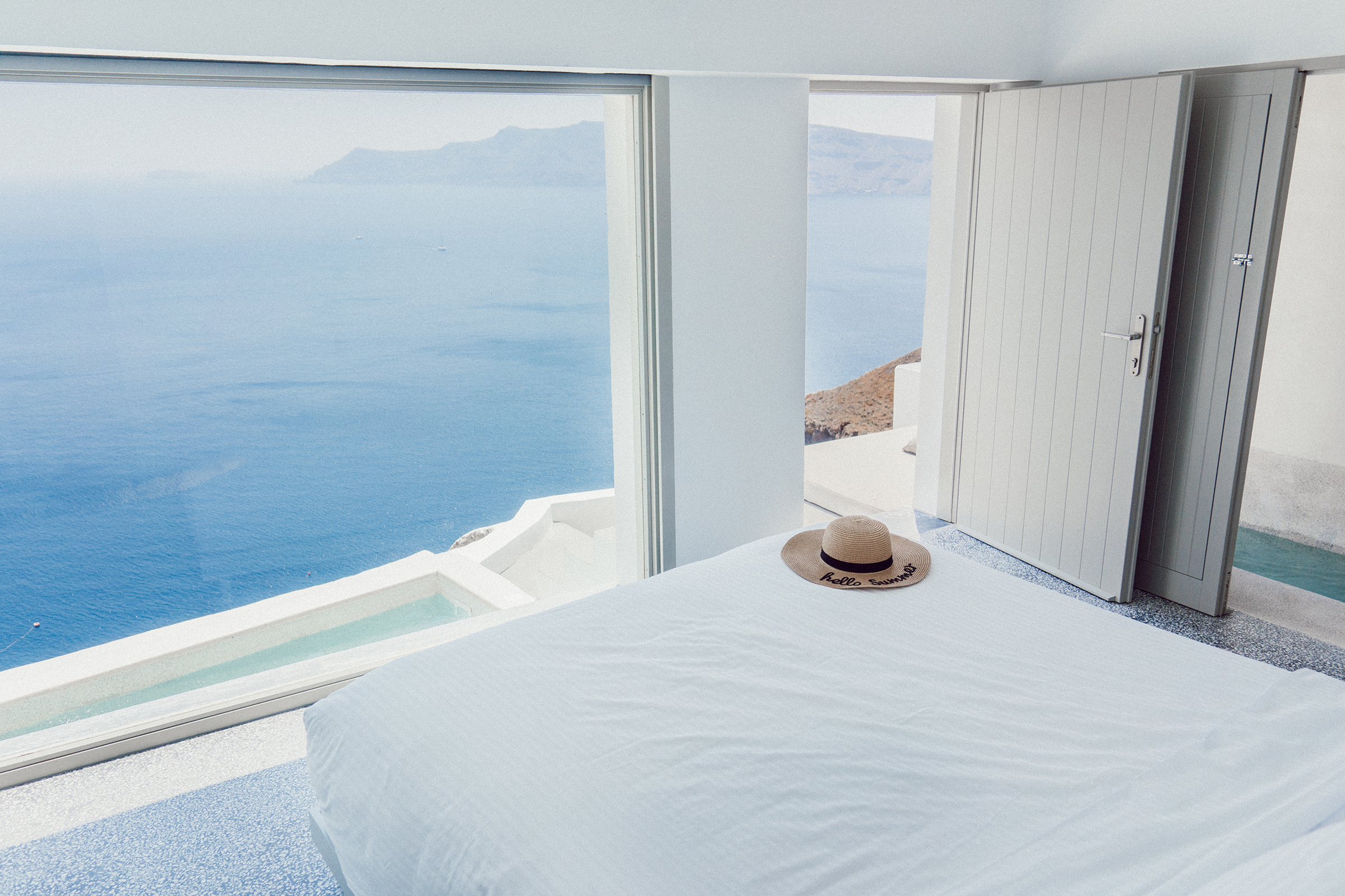 Echoes Suite Luxury | Santorin | Grèce | Digital Nomadess